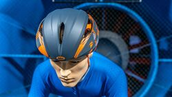 Aero-Helme Test Windkanal