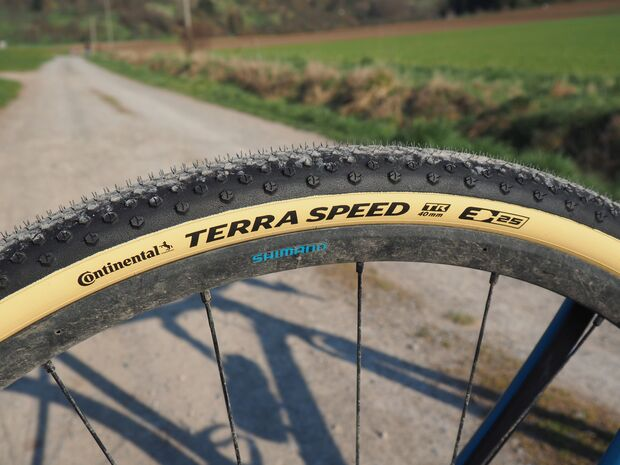 Gravel-Reifen-Terra-Speed