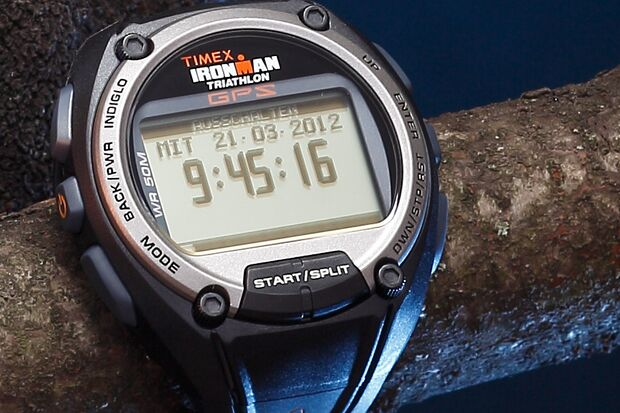 RB 0512 Equipment Doppelseiten Uhren Timex Ironman Global Trainer