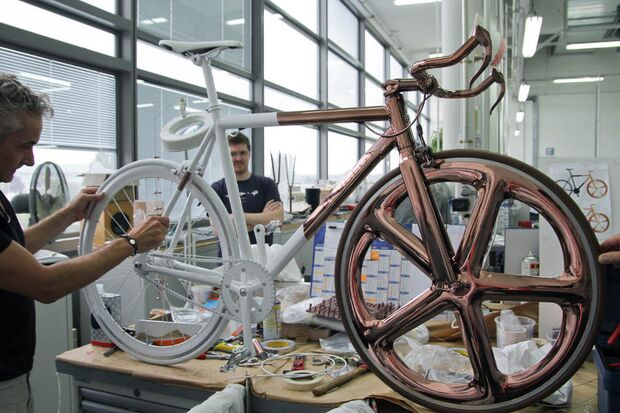 RB-Peugot-Designlab-DL-121-making-of (jpg)