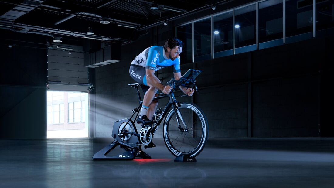 RB-Tacx-Neo-Smart-a (jpg)