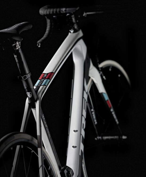 RB-Trek-Madone-Series-7-Team-Radioshak1 (jpg)