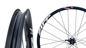 RB-WH-Zipp-30-Course-Clincher-Hero-on-WHT-2 (jpg)