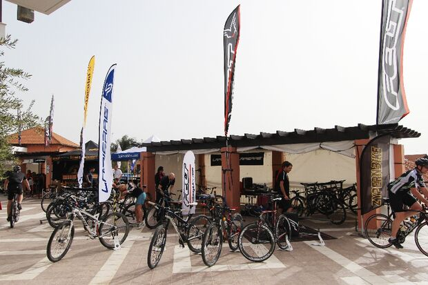 Rennra-Touren beim RoadBIKE Zypern Camp 2014 11