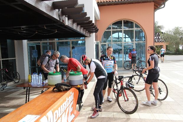 Rennra-Touren beim RoadBIKE Zypern Camp 2014 14
