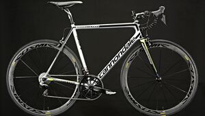 rb-0316-top-rennrad-test-cannondale-supersix-evo-hi-mod-team-benjamin-hahn (jpg)
