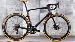 rb-0319-aero-rennrad-test-scott-foil-premium-disc-bike (jpg)
