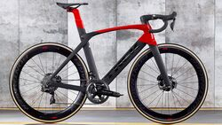 rb-0319-aero-rennrad-test-trek-madone-slr-9-disc-bike (jpg)