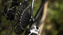 rb-0818-bmc-roadmachine-x-11.jpg