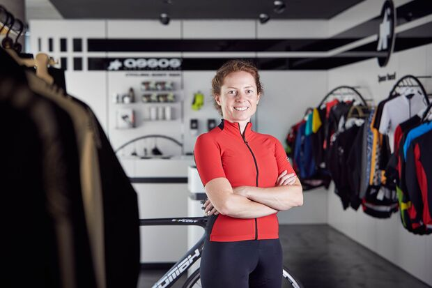 rb-0918-assos-lesertest-portraits-bh-2-Christine-Waitz-003-12 (jpg)
