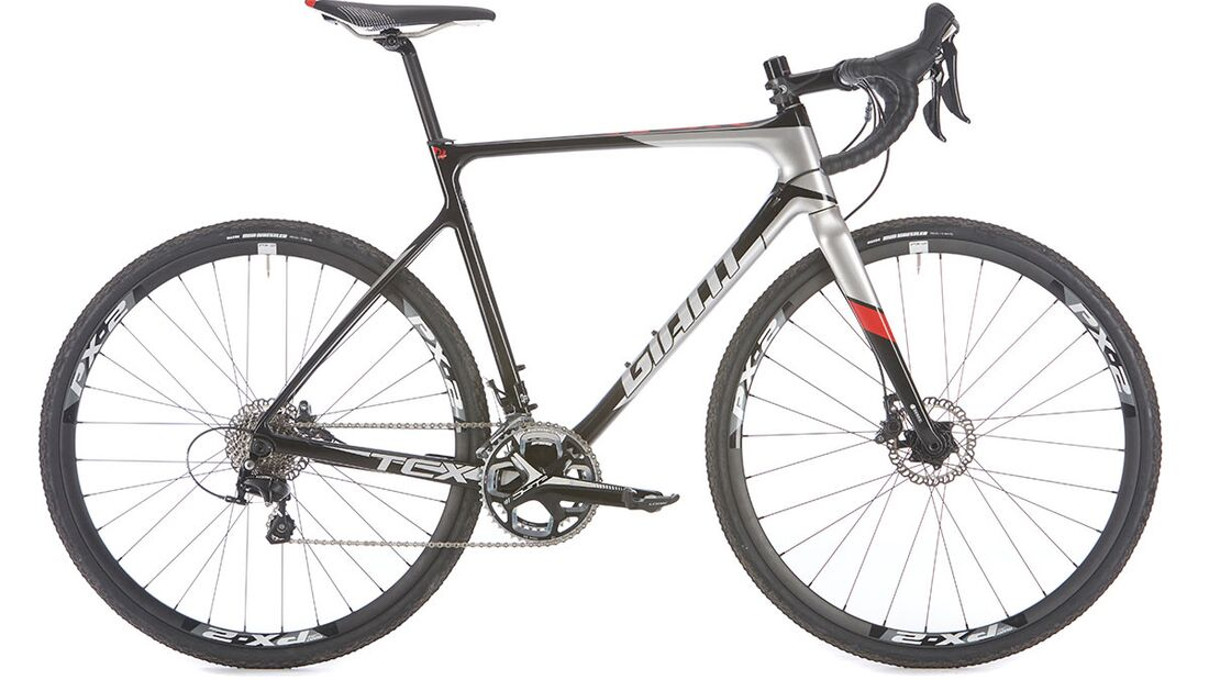 rb-1015-crosser-giant-tcr-advanced-pro-2-drakeimages (jpg)