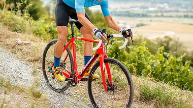 rb-1018-radtest-gravel-cross-stevens-super-prestige-force-BO-6923-high-res (jpg)