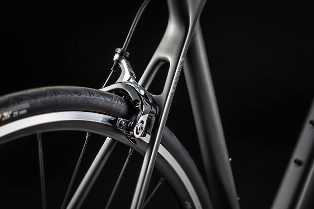 rb-Canyon-Endurace-CF-2014-00 (jpg)
