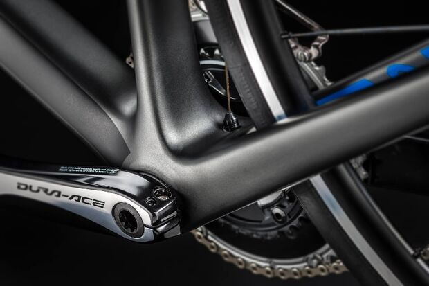 rb-Canyon-Endurace-CF-2014-07 (jpg)