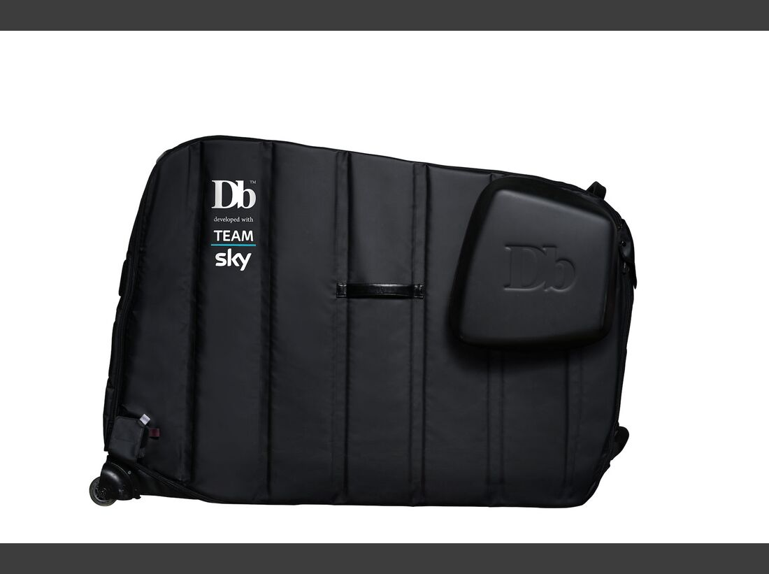 rb_Douchebags-the-tour-pitch-black-teamSky (jpg)