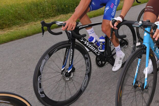 rb-criterium-dauphine-specialized-venge-disc-detail-GettyImages-967820238