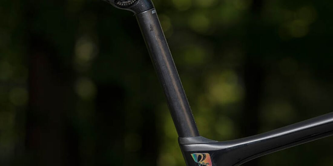 rb-giant-defy-advanced-pro-0-seatpost-2019.jpg
