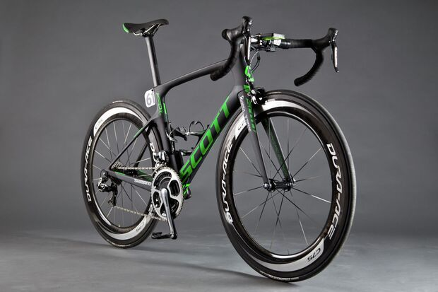 rb-tour-2016-profi-rennraederORICA-GreenEDGE_FOIL-Team-Issue_Bike_2016_SCOTT-Sports (jpg)