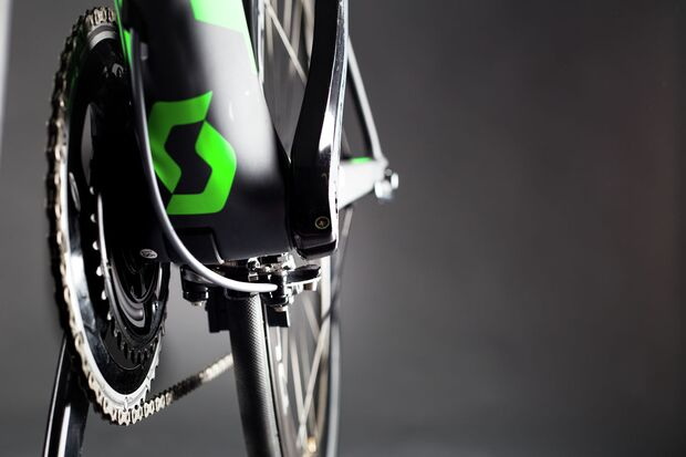 rb-tour-2016-profi-rennraederORICA-GreenEDGE-FOIL-Team-Issue_Close-Up_Bike_2016_SCOTT-Sports_08 (jpg)